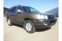 2005 Hyundai Santa Fe GLS Beautiful Leather AWD Santa Fe!