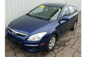 2012 Hyundai Elantra Touring GL VERY LOW KMs ON THIS HATCHBAC...