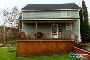 Bright & Affordable 3 bed, Move In Ready!!!