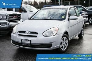 2009 Hyundai Accent L CD Player and AM/FM Radio