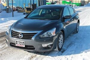 2013 Nissan Altima 2.5 S | ONLY 66K | CERTIFIED + E-Tested Kitchener / Waterloo Kitchener Area image 1
