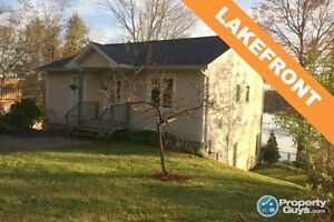 Lovely 2 level, 3 bed/1.5 bath home on Tucker Lake
