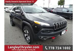 2016 Jeep Cherokee Trailhawk w/ Leather Interior & Navigation