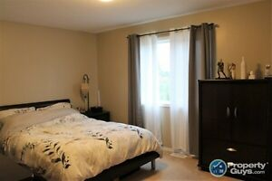 HOUSE FOR SALE in Salmon Arm Revelstoke British Columbia image 9