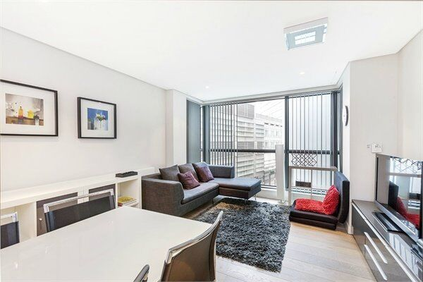 ( 2 ) Two bedroom in Merchant Square East, Paddington / Edgeware Road W2 £625pw! Available Now!