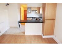 1 Bed Flat to Rent in NW2 Cricklewood - Ideal for Professional Couple - Ground Floor with Garden