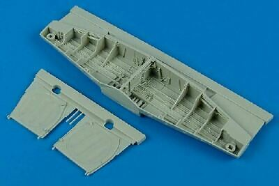 AIRES HOBBY 1/32 P51D WHEEL BAY FOR TSM 2092