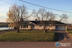 Completely renovated 3 bed/2 bath, appliances included