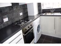 BEAUTIFUL ONE BEDROOM FLAT - MUST BE SEEN - MINS TO TUBE