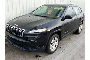 2015 Jeep Cherokee Sport SPORT 4X4 9 SPEED WITH LOW KMs AND F...