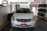 2013 Nissan Rogue SV Nice and clean and great on gas!!