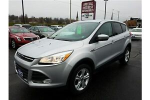2013 Ford Escape SE SE !! CLEAN CAR -PROOF !!! LEASE RETURN !!!