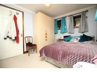 3 bedroom to rent, Newham, Part DSS welcome with funds, £380 per week