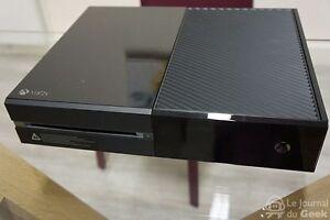 Xbox One parfaitement fonctionnelle à vendre ! 200$ Négociable
