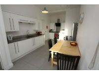 Four bedrooms to rent in Morningside tenement flat, £1995 pcm