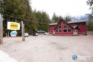 Building + Business 4.8 acres, vacation spot Crawford Bay 197674