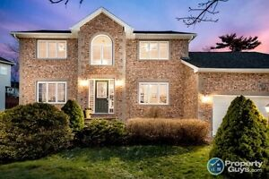 NEW PRICE!  Papermill Lake Beauty, 5 bed/3.5 bath