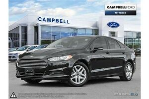 2015 Ford Fusion SE ONLY 40,000 KMS--LOADED