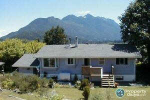 View Home in Sayward Village
