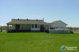 "PRIVATE HOME on Vermillion Lk.Rd. """"""""PRICED to SELL!!!!!"""""""""