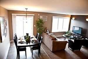 Modern Open Concept 3 Bdrm Suite in Lorette Available Sept 1st