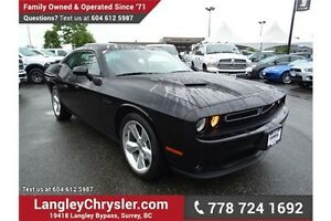 2015 Dodge Challenger SXT Plus or R/T w/Navigation & Sunroof