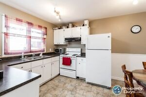 Carpet free w upgrades throughout. Great for first time buyers