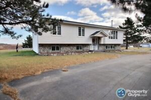Extensively renovated, 5 bed/2 bath with over 2800 sf