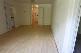 2 bedroom flat in Adelaide Court Copers Cope road, BR3, Beckenham