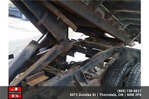 1990 Ford F-350 Roll off truck London Ontario image 9
