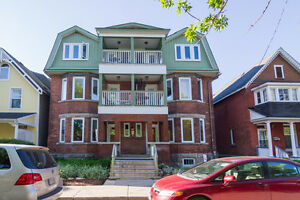Live in the Heart of the Glebe! Updated 3 BDRM Apt-Third Ave!