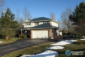 Milford - Corner lot, 2 storey, 5 bed/2.5 bath, 30x40 garage