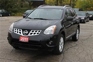 2011 Nissan Rogue SV | Sunroof | Back-Up Camera CERTIFIED