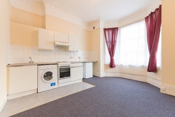 Beautiful 1 bed flat in Brixton. WATER RATES INCLUDED