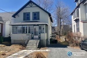 Excellent 3 bed/1.5 home in Halifax's South End!