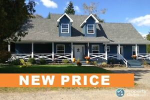 NEW PRICE!!! Waterview, In-Law Suite, Open Concept...Beautiful!