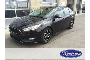 2016 Ford Focus SE LOW KMS, AUTO, CLOTH, BACKUP CAM