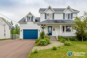 Fantastic 5 bedroom, 3 bath family home in Moncton North End