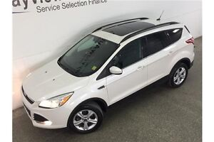 2014 Ford ESCAPE SE- ECOBOOST! 4WD! PANOROOF!LEATHER! NAV! SYNC!