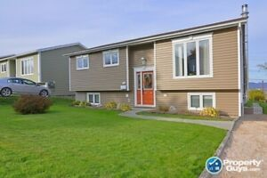 Great 5 bdrm/2 bath home with an amazing view of the city
