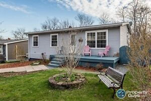 Upgraded 3 bed home with fenced yard on green belt