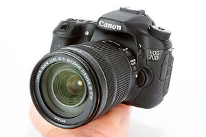 CANON 70D almost new Still under warranty + many extras
