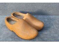 Pair of vintage garden wooden wood shoe clog plant planters bed herbs decorative