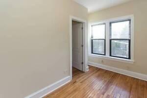 3 Bedroom Apartment / W-D / Hardwoods / Best Location Craigieburn Hume Area Preview