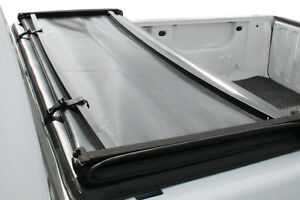 Soft Tri-Fold Tonneau Cover Nissan Frontier 2005-2015 London Ontario image 3