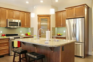 Adult  Living Open House in Sylvan Lake - 21 Rosse Place