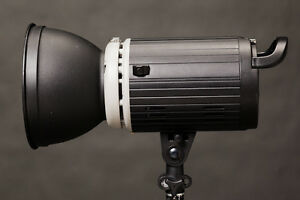 300watts Studio Flash   canon nikon sony