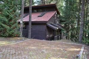 CABIN STYLE HOME FOR RENT IN SUNSHINE VALLEY HOPE BC