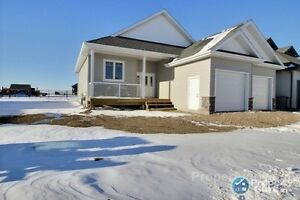 Brand new bungalow with 5 beds & 3 baths