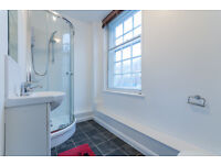 Beautiful newly refurbished studio flat in West Norwood. ALL BILLS INCLUDED except electricity.
